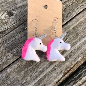 Unicorn 濾 Earrings